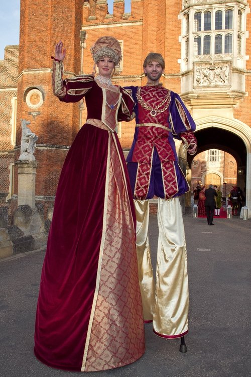 Tudor Stilt Duo