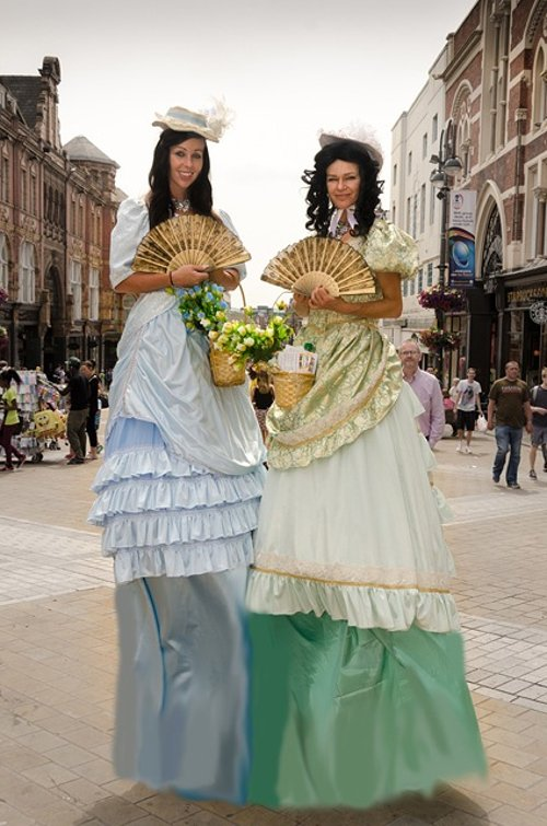 Victorian Ladies - green skirt