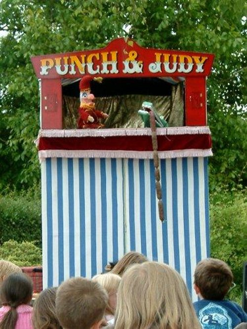 Punch Amp Judy From The Streetentertainers Agency