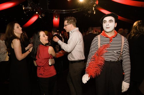 classicmime at party