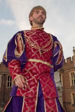 Male tudor Stiltwalker